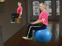 Rug stabiliseren op zitbal