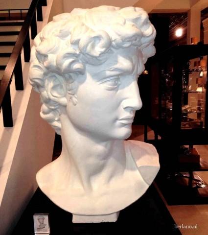 eichholtz-sculptuur-hoofd-van-david-wit